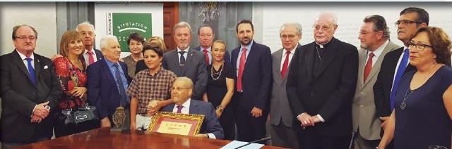 Dr. Juan Manuel Herrerías, Galardonado III Aldabón de Sevilla de la Federación de Casas Regionales y Provinciales de Sevilla