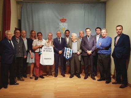 Real Club Deportivo de la Coruña visita el Lar Gallego de Sevilla