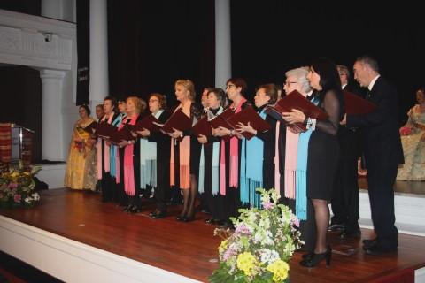 El Coro del Lar Gallego actua en el acto de Exaltación de la Fallera Mayor de la Casa Regional Valenciana