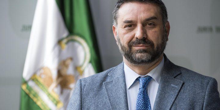 Francisco Javier Fernández Hernández,  Consejero de Turismo y Deportes de la Junta de Andalucía