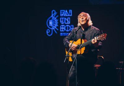 Amancio Prada llena de emociones con acordes gallegos el Festival Fai un Sol
