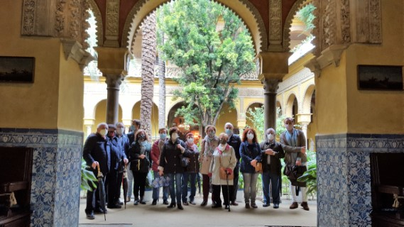 Visita al Palacio de las Dueñas