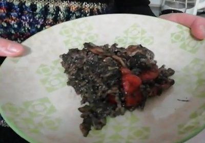 Taller de Cocina – Receta de Sandra Rodríguez – Arroz Negro con calamares